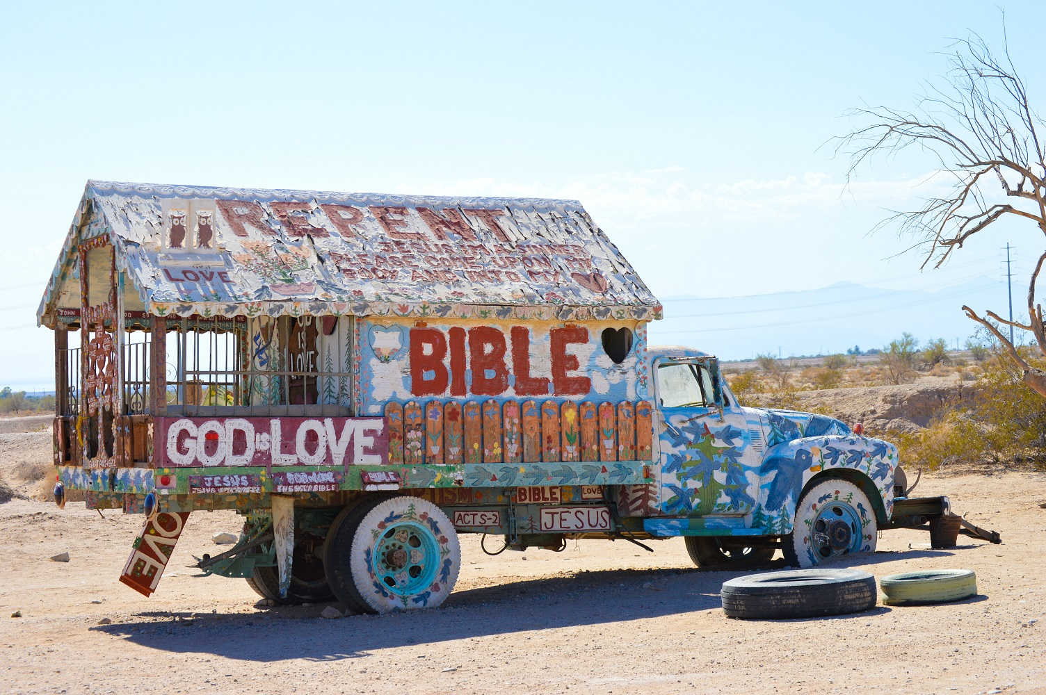 12-salvation-mountain